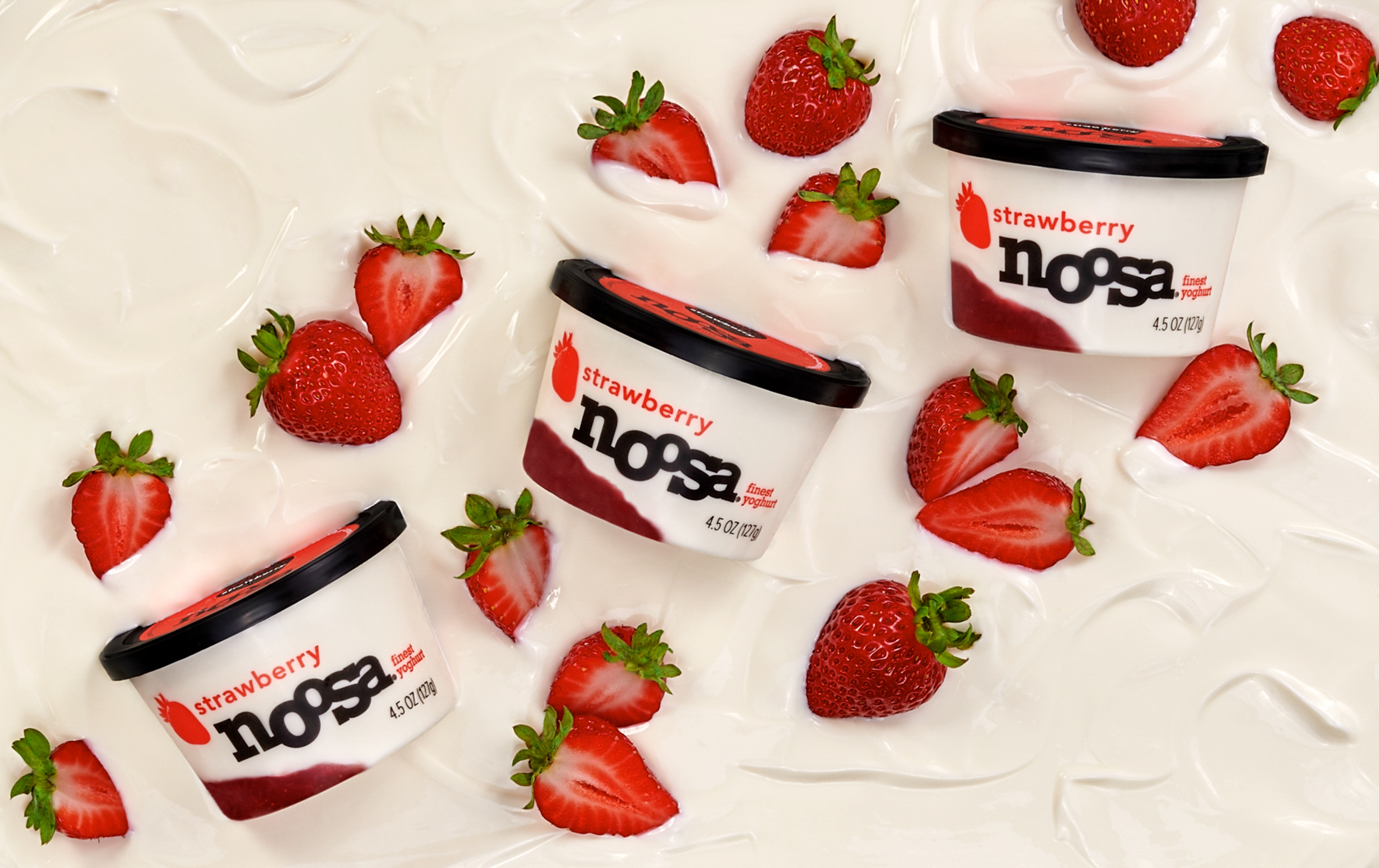 noosa_StrawberryFOB_4.5oz_Lifestylei